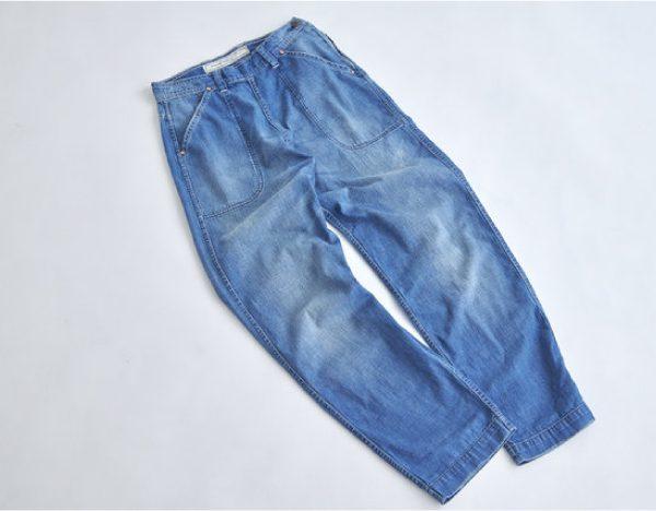 人気のサイドジップデニムパンツを身長別に履き比べ!